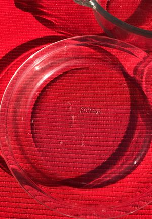 PYREX pie dish clear for Sale in Fullerton, CA