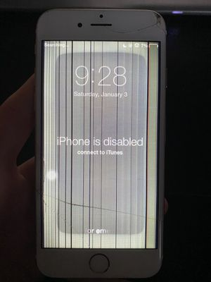 Locked iPhone 6 for Sale in Antioch, CA