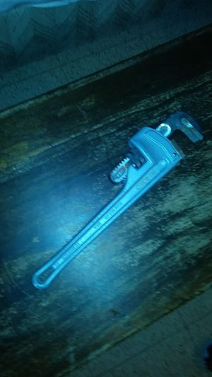 14 in rigid pipe wrench for Sale in Boston, MA