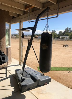 Punching bag speed bag combo for Sale in Victorville, CA