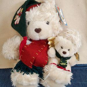 CALLIE & FRIENDS Plush Ivory Teddy Bear Holding Baby Angel Bear w/wings, 1998 Holiday Stuffed Animal. for Sale in Riverside, NJ