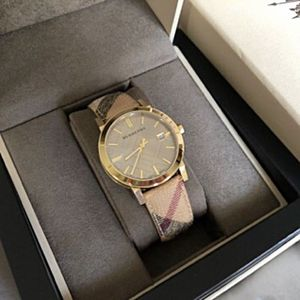 Burberry Unisex Watch for Sale in Boston, MA