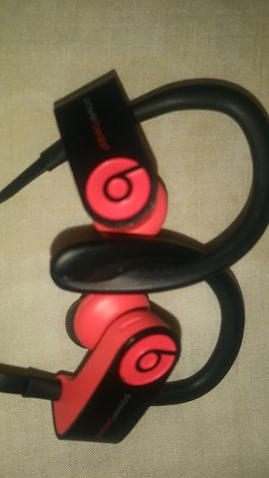 Powerbeats 3 for Sale in East Cleveland, OH