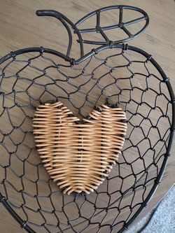 Apple Shape 🍎wire Basket With Wicker Bottom for Sale in Allen Park,  MI
