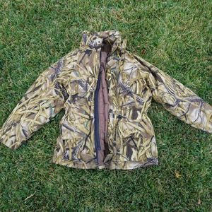 Goretex insulated parka size large for Sale in Spring, TX