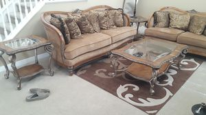 Coffee Table and 2 End Tables set for Sale in Bakersfield, CA