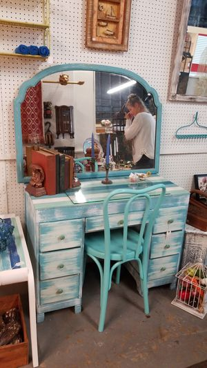 Desk with mirror and chair for Sale in Lake Wales, FL