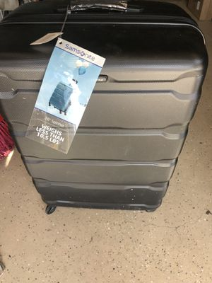"""28"""" luggage large for Sale in Bakersfield, CA"""