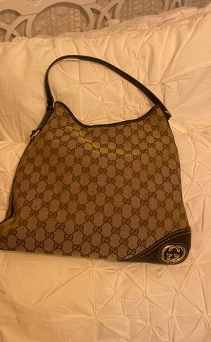 Gucci hand bag authentic guarantied! for Sale in Libertyville, IL