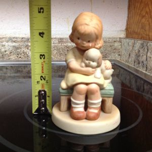 Adorable Yesterday's Memories Collectible Vintage 1987 statue Figurine ONLY $15 for Sale in Tempe, AZ