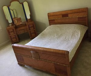 Art Deco Waterfall Style Antique Bedroom Set for Sale in Gaithersburg, MD