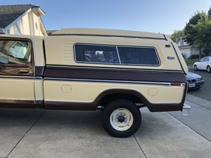 70's Glass Tite Camper Shell. Original owner on a 1979 Ford F-250 long bed. for Sale in Sacramento, CA
