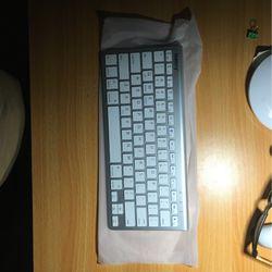 Bluetooth Keyboard ⌨️ for Sale in Boca Raton,  FL
