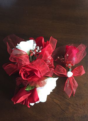 Corsages and Boutonnieres for Sale in Herndon, VA