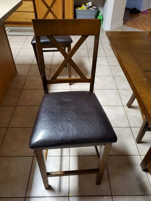 Breakfast Table Counter Height with 4 chairs for Sale in Bartlett, IL