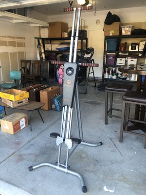 VERTICAL CLIMBER EXERCISE MACHINE for Sale in North Las Vegas, NV