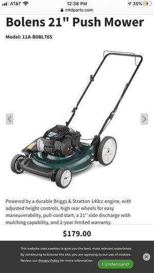 $99 Brigs and Stratton Like new Push Mower for Sale in Orlando, FL