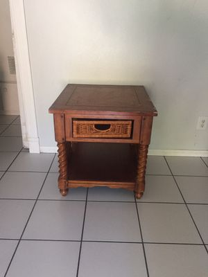 End table for Sale in Ontario, CA