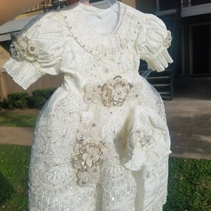 Christening gowns, ropones de bautizo for Sale in Addison, TX