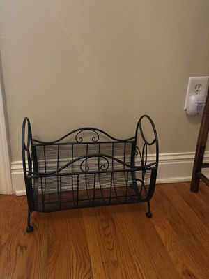 Magazine rack for Sale in Lawrenceville, GA
