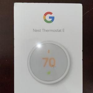 Nest Thermostat E for Sale in Orlando, FL