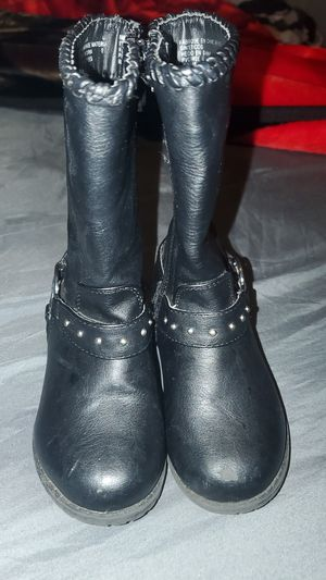 Size 8t MK little girl boots for Sale in Anaheim, CA