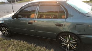 Toyota Corolla del 95 for Sale in Kissimmee, FL
