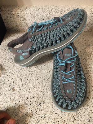 Keen Uneek Drizzle/cockatoo Active Sandal Shoe size 8.5 for Sale in Phoenix, AZ