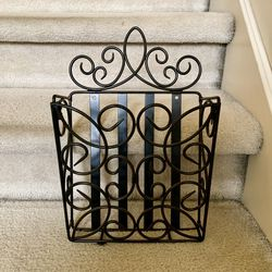 Southern Living Black, Iron, Wall-mounted Magazine Rack for Sale in Woodinville,  WA
