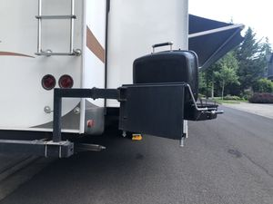 RV portable gas grill and holder for Sale in Portland, OR