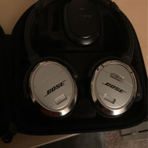 Bose Noise Cancellation Headphones 3 for Sale in Fort Worth, TX