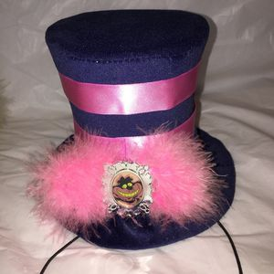 Alice in Wonderland Official Disney Top Hats for Sale in Fontana, CA