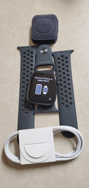 Brand New Nike Edition Apple Watch Series 5 44mm for Sale in Stockton, CA