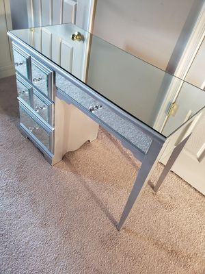 Mirrored vanity with stool for Sale in Frederick, MD