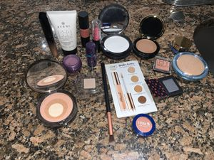 All new makeup for Sale in Burleson, TX