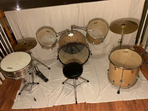 Seven Piece Drum Set with stool chair for Sale in Slaughter, LA
