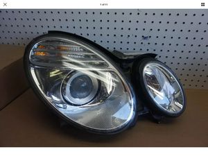 2007 2008 2009 MERCEDES E CLASS E320/350/550 RIGHT PASSENGER HALOGEN HEADLIGHT OEM #9629# for Sale in Paramount, CA