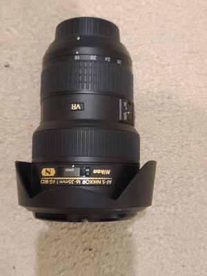 Nikon AF-S NIKKOR 16-35mm 1.4G VR lens for Sale in Moreno Valley, CA