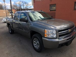 2009 Chevy Silverado 1500 for Sale in Cleveland, OH