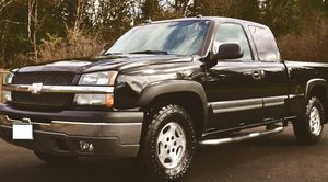 FULLY LOADED FORD CHEVROLET SILVERADO LT 1500 WHITE PEARL for Sale in Baltimore, MD