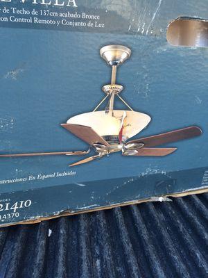 Hunter ceiling fan for Sale in Manassas Park, VA