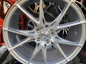 Inovit rims 19x8.5/9.5 et35 5-114.3 for Honda Accord Civic Toyota nissan infinity Acura for Sale in The Bronx, NY