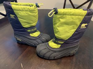 Kids snow boots for Sale in San Diego, CA