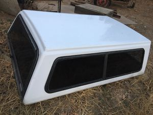 Camper Shell for Toyota Truck for Sale in Sanger, CA