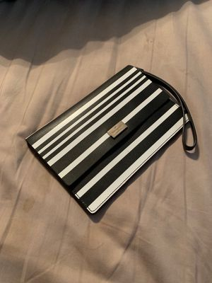 Kate spade hand wallet for Sale in St. Peters, MO