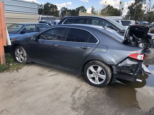 2009 Acura TSX (still runs) for parts only (low miles) for Sale in Modesto, CA