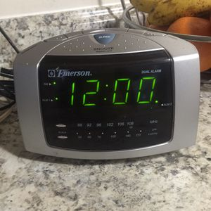 Alarm clock radio for Sale in Colesville, MD