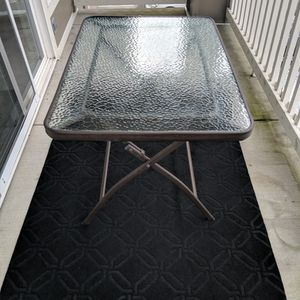 Glass Table for Sale in Snoqualmie, WA