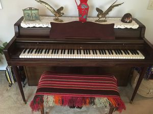 Beautiful Wurlitzer piano for Sale in Harrisonburg, VA