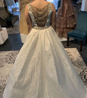 Gorgeous wedding gown for Sale in Tampa, FL